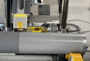 Laser cleaning of anilox rolls